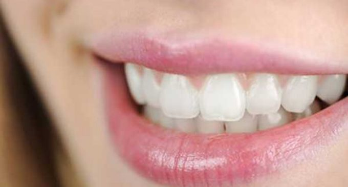 5 Simple Ways on How to Get Rid of Brown Stains on Teeth