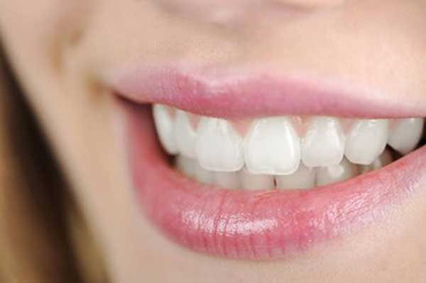 How To Get Rid Of Food Stains On Teeth
