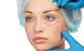 How to Research your Options before Undergoing Plastic Surgery